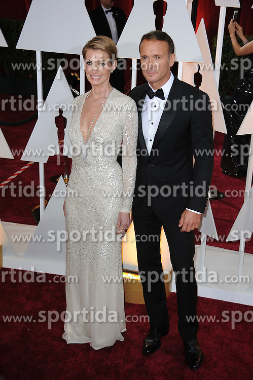 22.02.2015, Dolby Theatre, Hollywood, USA, Oscar 2015, 87. Verleihung der Academy of Motion Picture Arts and Sciences, im Bild Faith Hill &amp; Tim McGraw // attends 87th Annual Academy Awards at the Dolby Theatre in Hollywood, United States on 2015/02/22. EXPA Pictures &copy; 2015, PhotoCredit: EXPA/ Newspix/ PGMP<br /> <br /> *****ATTENTION - for AUT, SLO, CRO, SRB, BIH, MAZ, TUR, SUI, SWE only*****