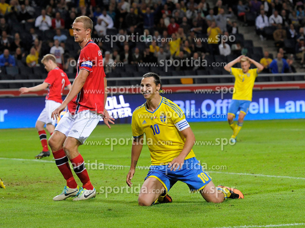 14.08.2013, Friends Arena, Solna, SWE, Testspiel, Schweden vs Norwegen, im Bild Sverige 10 Zlatan Ibrahimovic missar malhchans besviken depp deppig besviken besvikelse sorg ledsen sad disappointment disappointed dejected // during the international friendly match between Sweden and Norway at the Friends Arena in Solna, Sweden on 2013/08/14. EXPA Pictures &copy; 2013, PhotoCredit: EXPA/ PicAgency Skycam/ Simone Syversson<br /> <br /> ***** ATTENTION - OUT OF SWE *****