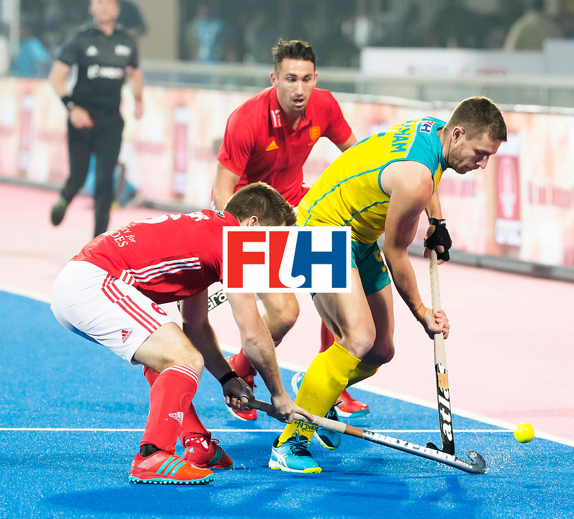 BHUBANESWAR - The Odisha Men's Hockey World League Final . Match ID 09 .  Australia v England  .Tom Wickham (Aus) with Henry Weir (Eng)     WORLDSPORTPICS COPYRIGHT  KOEN SUYK