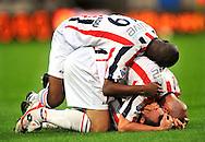 30-08-2008 Voetbal:Willem II: Ajax:Tilburg<br /> Mehmet Akgun wordt besprongen door Schenkel na zijn 2-1<br /> Foto: Geert van Erven/Orange Pictures