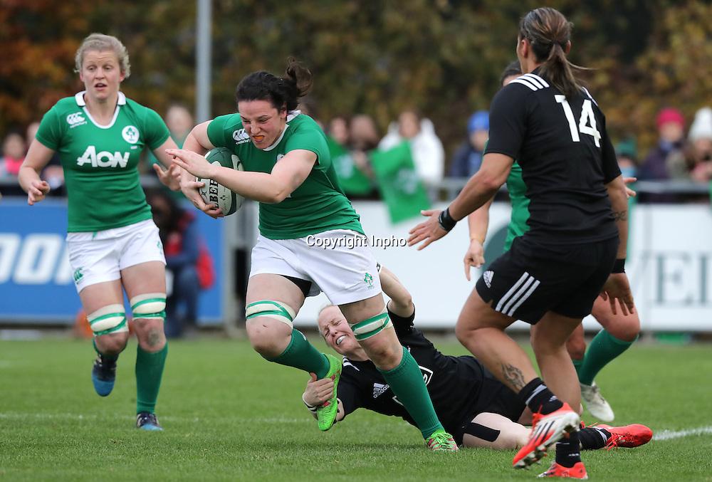 Women's November Series, Belfield Bowl, UCD 27/11/2016<br /> Ireland vs New Zealand <br /> Ireland's Paula Fitzpatrick with Kendra Cocksedge of New Zealand<br /> Mandatory Credit &copy;INPHO/Morgan Treacy