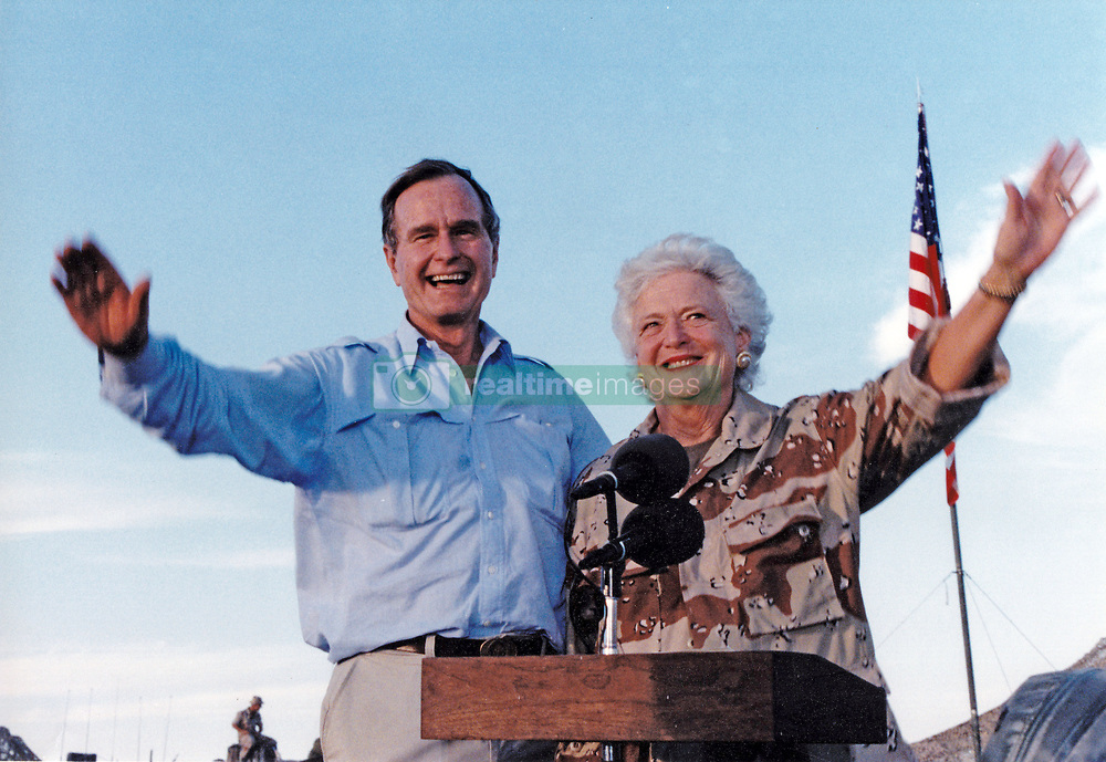 April 16, 2018 - (File Photo) - Former first lady Barbara Bush was reported in failing health and has decided not to seek further medical treatment, a family spokesman says. PICTURED: January 22, 1990 - Saudi Arabia - United States President GEORGE H.W. BUSH and first lady BARBARA BUSH visit US military personnel on Thanksgiving in Saudi Arabia on November 22, 1990. (Credit Image: © Ed Bailey/DOD/CNP via ZUMA Wire)