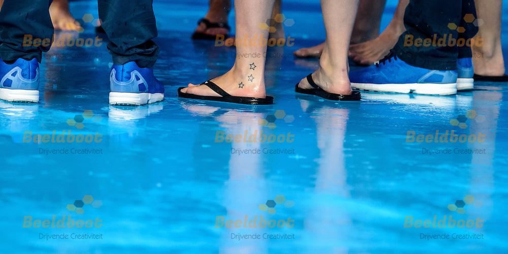 01-08-2015: Waterpolo: Kazachstan v Nederland: Kazan<br /> <br /> Veel regen in Kazan<br /> <br /> Waterpolo match between ladies of Kazakhstan and The Netherland during the 16th FINA World Championships 2015 in Kazan
