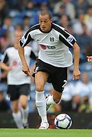 Fotball<br /> England<br /> Foto: Fotosports/Digitalsport<br /> NORWAY ONLY<br /> <br /> Bobby Zamora (Fulham) in action <br /> <br /> 15.08.09 Portsmouth v Fulham Barclays Premier League Fratton Park