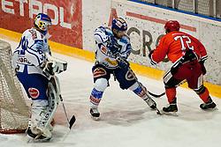 Andrej Zidan (HK Acroni Jesenice, 72) vs Kevin Mitchell (EC Rekord Fenster VSV, #2) during ice-hockey match between HK Acroni Jesenice and EC Rekord Fenster VSV in 37th Round of EBEL league, on Januar 3, 2012 at Dvorana Podmezaklja, Jesenice, Slovenia. (Photo By Matic Klansek Velej / Sportida)