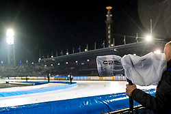 09-03-2018 NED: WK Schaatsen Allround, Amsterdam<br /> fotograaf, media, pers, canon, regenhoes, andre weening