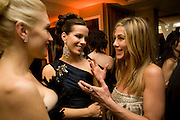 GWEN STEFANI; KATE BECKINSDALE; JENNIFER ANISTON. Vanity Fair Oscar night party hosted by Graydon Carter.  Sunset  Tower Hotel, West Hollywood. 22 February 2009.