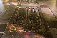 Nederland, Den Bosch, 20160409<br /> Kathedraal St. Jan in Den Bosch.De Sint-Janskathedraal (voluit: de Kathedrale Basiliek van Sint-Jan Evangelist) in de binnenstad van 's-Hertogenbosch wordt veelal beschouwd als het hoogtepunt van de Brabantse gotiek. De kathedraal imponeert door zijn omvang en enorme rijkdom aan beeldhouwwerk. Uniek in Nederland zijn de dubbele luchtbogen en uniek in de wereld zijn de 96 luchtboogfiguren.De kerk in volle pracht op de Parade<br /> Sint-Janskathedraal<br /> <br /> Netherlands, Den Bosch<br /> The St. John's Cathedral (in full: the Cathedral Basilica of St. John the Evangelist) in the city of 's-Hertogenbosch is often regarded as the pinnacle of Brabant Gothic. The cathedral impresses by its size and wealth of sculpture. Unique in the Netherlands are the double flying buttresses and unique in the world, the 96 flying buttress figures.<br /> St. John's Cathedral