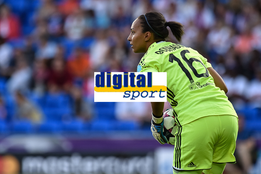 Sarah Bouhaddi of Olympique Lyon during the UEFA Women's Champions League Final between Lyon Women and Paris Saint Germain Women at the Cardiff City Stadium, Cardiff, Wales on 1 June 2017. Photo by Giuseppe Maffia.<br /> <br /> <br /> Giuseppe Maffia/UK Sports Pics Ltd/Alterphotos