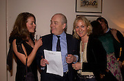 Twins: Char Pilcher ( blonde), their father 'Pilch' and Kate Hunter, Opening of Bridge club, Mossop St. 27 April 2004. ONE TIME USE ONLY - DO NOT ARCHIVE  © Copyright Photograph by Dafydd Jones 66 Stockwell Park Rd. London SW9 0DA Tel 020 7733 0108 www.dafjones.com