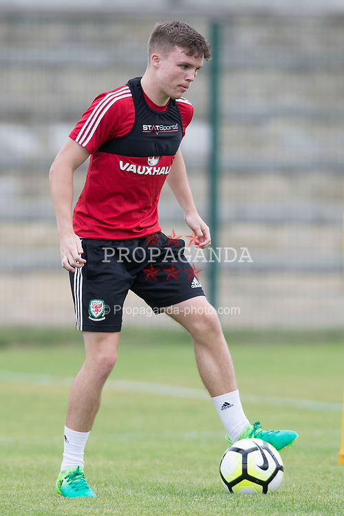 SAINT-CANNAT, FRANCE - Thursday, June 1, 2017:  Wales' Nathan Broadhead takes part in a training session during the Toulon Tournament at the Stade Municipal Albert Barre. (Pic by Laura Malkin/Propaganda)