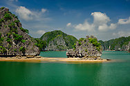 Isolated beach in Lan ha bay near Cat Ba Island, Vietnam