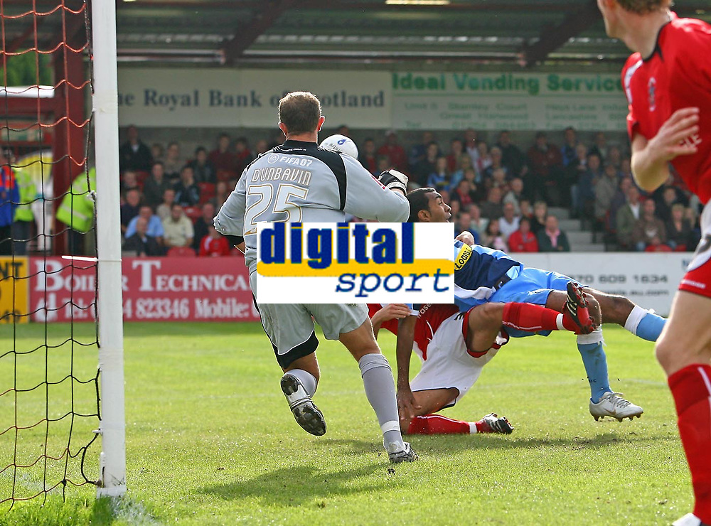 Photo: Andrew Unwin.<br />Accrington Stanley v Wycombe Wanderers. Coca Cola League 2. 30/09/2006.<br />Wycombe's Kevin Betsy (R of C) goes down in the penalty area but no foul is given.