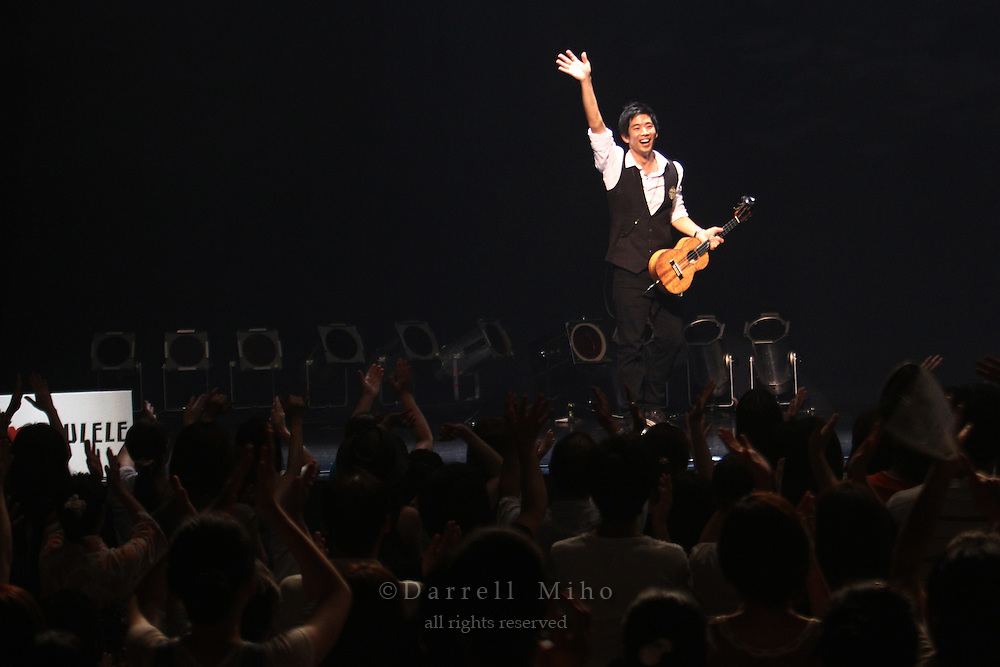"Aug. 14, 2010 ; Osaka, JPN - Jake Shimabukuro live at Namba Hatch in Osaka. Opening night for the ""I Love Ukulele Tour 2010""."