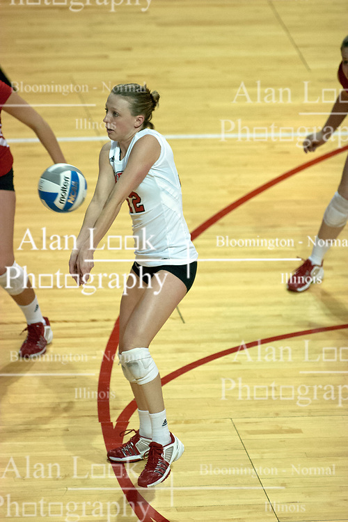 12 October 2006: Jennifer Bohan passes the ball. The Redbirds of Illinois State beat the Braves of Bradley 3 games to 1 in a best of 5 match. The match took place at Redbird Arena on the campus of Illinois State University in Normal Illinois.<br />