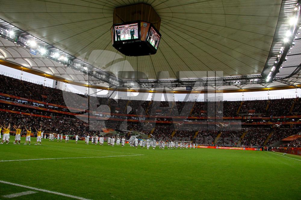FRANKFURT, ALEMANHA, 17 DE JULHO DE 2011 - COPA DO MUNDO FIFA FUTEBOL FEMININO - JAPAO X ESTADOS UNIDOS -  Cerimonia de encerramento no Commerzbank-Arena (Waldstadion), Stadium de Frankfurt. antes da partida final da Copa do Mundo Fifa de Futebol Feminino entre Japao x Estados Unidos, neste domingo (17). (FOTO: WILLIAM VOLCOV - NEWS FREE).
