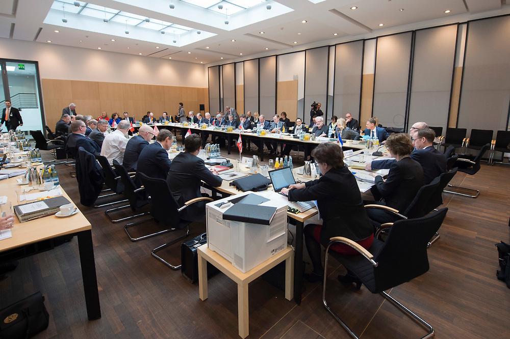 16 MAR 2017, BERLIN/GERMANY:<br /> Uebersicht Sitzungssaal, vor Beginn einer Sitzung der Ministerpraesidentenkonferenz, Bundesrat<br /> IMAGE: 20170316-01-020<br /> KEYWORDS: Ministerpräsidentenkonferenz, MPK, Übersicht