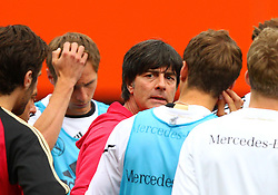 02.06.2011, Ernst Happel Stadion, Wien, AUT, UEFA EURO 2012, Qualifikation, Abschlusstraining Deutschland (GER), im Bild Bundestrainer Joachim Löw, (GER) bei der Mannschaftsbesprechung // during the final training from Germany for the UEFA Euro 2012 Qualifier Game, Austria vs Germany, at Ernst Happel Stadium, Vienna, 2010-06-02, EXPA Pictures © 2011, PhotoCredit: EXPA/ T. Haumer