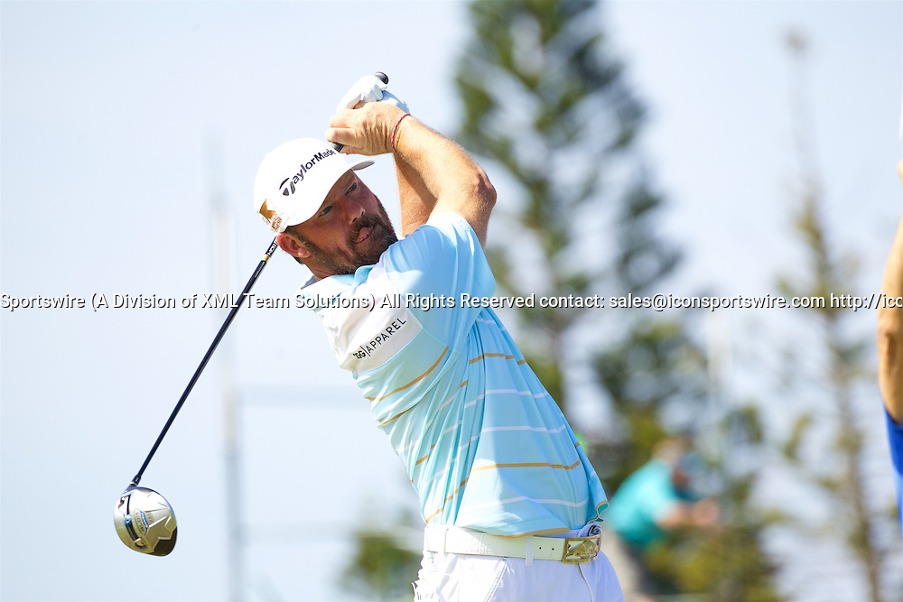 January 08 2016: Alex Cejka tees off on number nine  during the Second Round of the Hyundai Tournament of Champions at Kapalua Plantation Course on Maui, HI. (Photo by Aric Becker/Icon Sportswire)