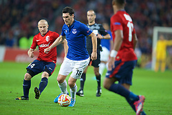 LILLE, FRANCE - Thursday, October 23, 2014: Everton's Gareth Barry in action against Lille OSC during the UEFA Europa League Group H match at Stade Pierre-Mauroy. (Pic by David Rawcliffe/Propaganda)