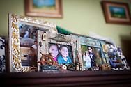 Retrato de Yuliana Viloria y su hermano, Miguel Alejandro. Gracias a FundaHigado, Yuliana recibió un trasplante de higado que le permite disfrutar de la vida. Punto Fijo, Venezuela 26 y 27 Oct. 2012. (Foto/ivan gonzalez)
