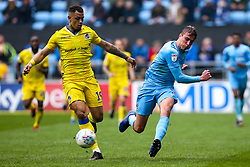 Jonson Clarke-Harris of Bristol Rovers takes on Tom Davies of Coventry City - Mandatory by-line: Robbie Stephenson/JMP - 07/04/2019 - FOOTBALL - Ricoh Arena - Coventry, England - Coventry City v Bristol Rovers - Sky Bet League One