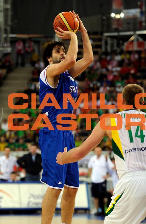 DESCRIZIONE : Lodz Poland Polonia Eurobasket Men 2009 Qualifying Round Lituania Lithuania Serbia<br /> GIOCATORE : Milos Teodosic<br /> SQUADRA : Serbia<br /> EVENTO : Eurobasket Men 2009<br /> GARA : Lituania Lithuania Serbia<br /> DATA : 16/09/2009 <br /> CATEGORIA :<br /> SPORT : Pallacanestro <br /> AUTORE : Agenzia Ciamillo-Castoria/N.Parausic<br /> Galleria : Eurobasket Men 2009 <br /> Fotonotizia : Lodz Poland Polonia Eurobasket Men 2009 Qualifying Round Lituania Lithuania Serbia<br /> Predefinita :