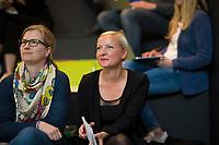 DEU, Deutschland, Germany, Berlin, 17.04.2018: Jeannine Koch (R), Director re:publica, bei einer Pressekonferenz zur Vorstellung des Programms der republica Konferenz und Media Convention Berlin. Links: Anneke Plaß, Medienanstalt Berlin-Brandenburg.