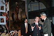 Opening van de Tentoonstelling Voor Napoleon. Hollanders in oorlogstijd, 1792-1815 in het Legermuseum, Delft.<br /> De tentoonstelling is op 13 oktober geopend door Charles Napoléon, le Prince, een directe afstammeling van Napoleon Bonaparte.  <br /> <br /> Op de foto:<br /> <br /> <br /> <br /> <br /> Charles Napoléon , <br /> Mark van Hattem,<br /> Dirk Staat