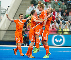 The Dutch players celebrate Mink Van Der Weerden's goal. The Netherlands v Germany - Final Unibet EuroHockey Championships, Lee Valley Hockey & Tennis Centre, London, UK on 29 August 2015. Photo: Simon Parker
