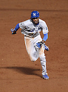 ATLANTA, GA - SEPTEMBER 02:  Shortstop Dee Gordon #9 of the Los Angeles Dodgers takes off for third base during the game against the Atlanta Braves at Turner Field on September 2, 2011 in Atlanta, Georgia.  (Photo by Mike Zarrilli/Getty Images)