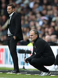 Leeds United manager Marcelo Bielsa (right) and Derby County manager Frank Lampard on the touchline