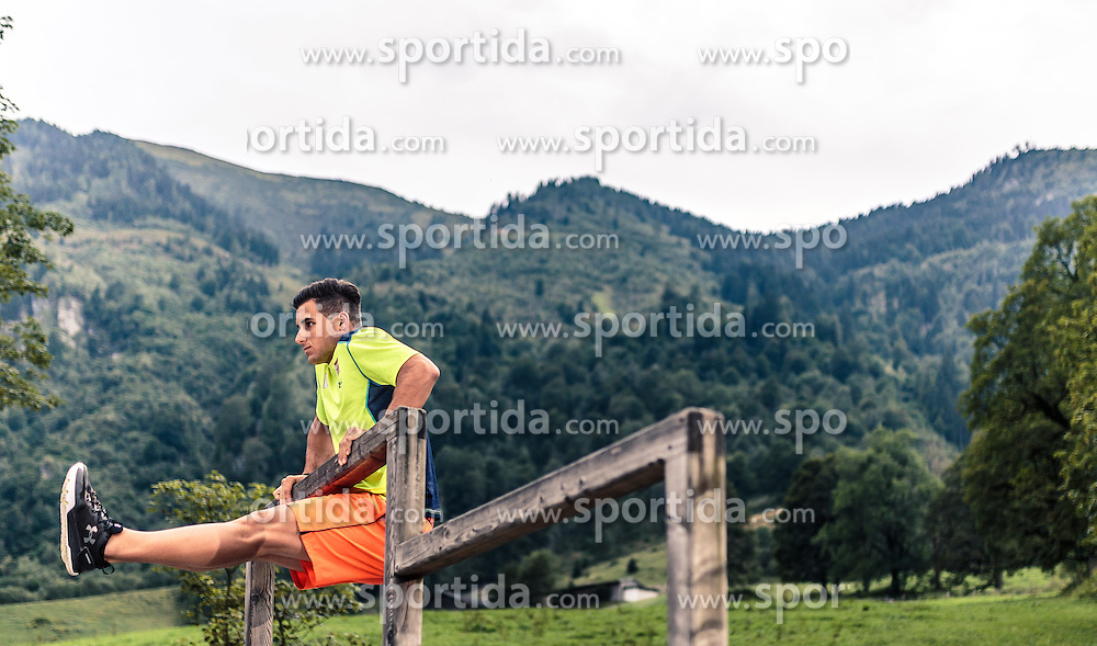 01.09.2016, Kaprun, AUT, Slaven Dujakovic im Portrait, im Bild Slaven Dujakovic der Österreichische Skifahrer mit bosnischen Wurzeln, während eines Fototermins // the Austrian skier with Bosnian roots, Slaven Dujakovic, poses during a photo shoot in Kaprun, Austria on 2016/09/01. EXPA Pictures © 2016, PhotoCredit: EXPA/ JFK