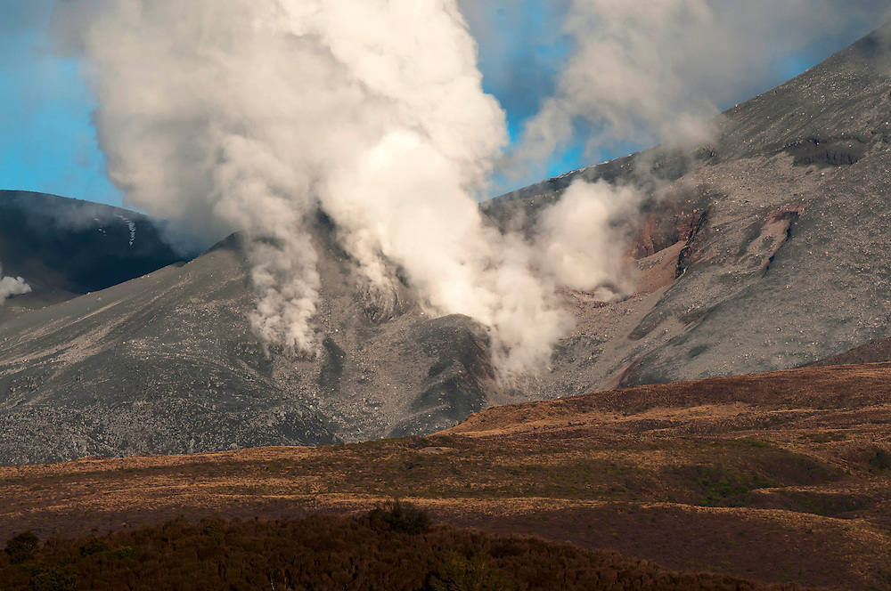 Steam rises from the site of recent volcanic action on the north face of Tongariro mountain, Central North Island, New Zealand, Friday August 10, 2012. Credit:SNPA / Malcolm Pullman