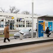 cenon bureau de poste / tram (HD)