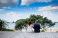peter & lisa hahei wedding on the coromandel peninsula beach wedding photos by felicity jean photography