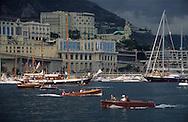 old boats in the port during the  - classic week -     Monaco        bateaux evoluant dans le port de monaco duant  la  - clasic week -     Monaco   R00286/11    L3253  /  R00286  /  P0007576