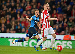 STOKE-ON-TRENT, ENGLAND - Monday, April 18, 2016: Tottenham Hotspur's Harry Kane sees his shot go wide during the FA Premier League match against Stoke City at the Britannia Stadium. (Pic by David Rawcliffe/Propaganda)
