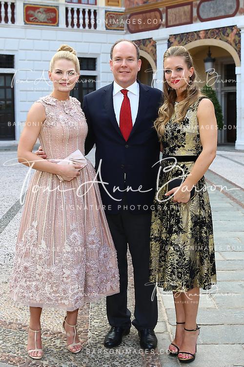 MONTE-CARLO, MONACO - JUNE 09:  (L-R) Jennifer Morrison, Prince Albert II of Monaco and Andrea Joy Cook aka A.J. Cook attends a Cocktail Reception at Monaco Palace on June 9, 2014 in Monte-Carlo, Monaco.  (Photo by Pool Barson/FilmMagic)