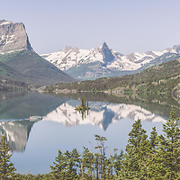 boat crossing saint mary lake, glacier park, montana, glacier park boat company, wild goose island