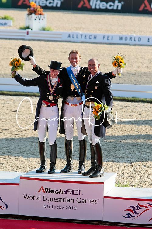 Medals Grand Prix Special<br /> 1 Edward Gal<br /> 2 Laura Bechtolsheimer<br /> 3 Steffen Peters<br /> Alltech FEI World Equestrian Games <br /> Lexington - Kentucky 2010<br /> © Dirk Caremans
