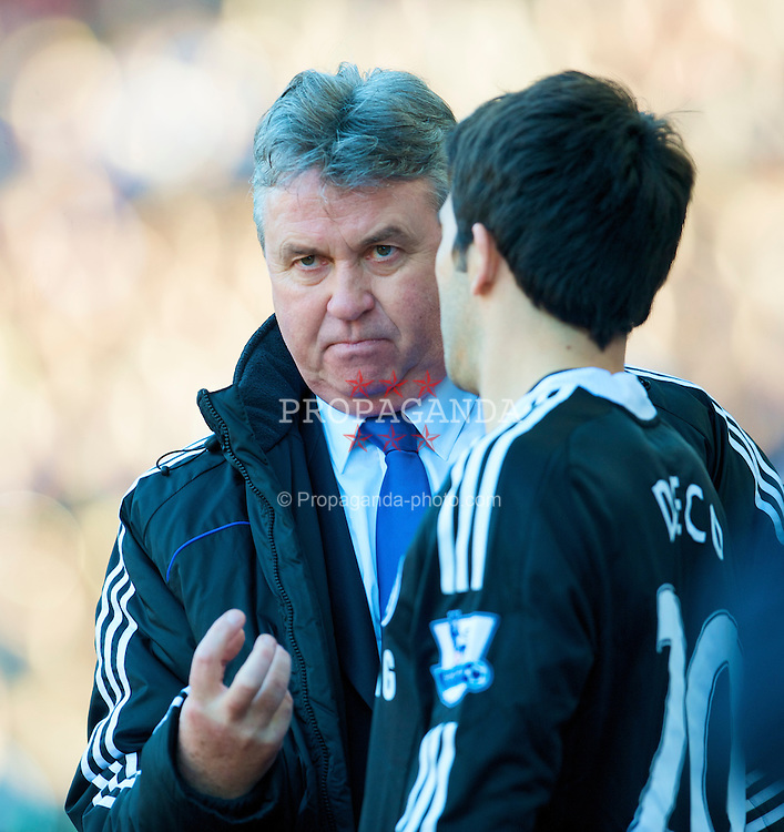 BIRMINGHAM, ENGLAND - Saturday, February 21, 2009: Chelsea's new manager Guss Hiddink prepares to bring on substitute Deco during the Premiership match against Aston Villa at Villa Park. (Photo by David Rawcliffe/Propaganda)