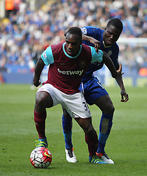 Michail Antonio of West Ham United (L) and Daniel Amartey of Leicester City in action - Mandatory by-line: Jack Phillips/JMP - 17/04/2016 - FOOTBALL - King Power Stadium - Leicester, England - Leicester City v West Ham United - Barclays Premier League