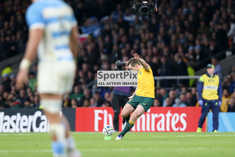 TWICKENHAM, ENGLAND - OCTOBER 25: Bernard Foley of Australia kicks for 3 points during the 2015 Rugby World Cup semi-final two match between Argentina and Australia at Twickenham Stadium, London on October 25, 2015 in London, England. (Credit: SAM TODD | SportPix.org.uk)