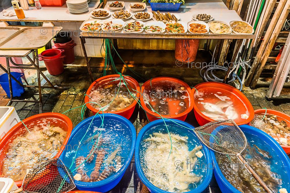 seafood restaurants in the Temple street night market Tsim Sha Tsui Kowloon in Hong Kong