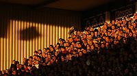 Photo: Chris Ratcliffe.<br />Tottenham Hotspur v Sunderland. The Barclays Premiership. 03/12/2005.<br />Spurs fans enjoy some December sunshine