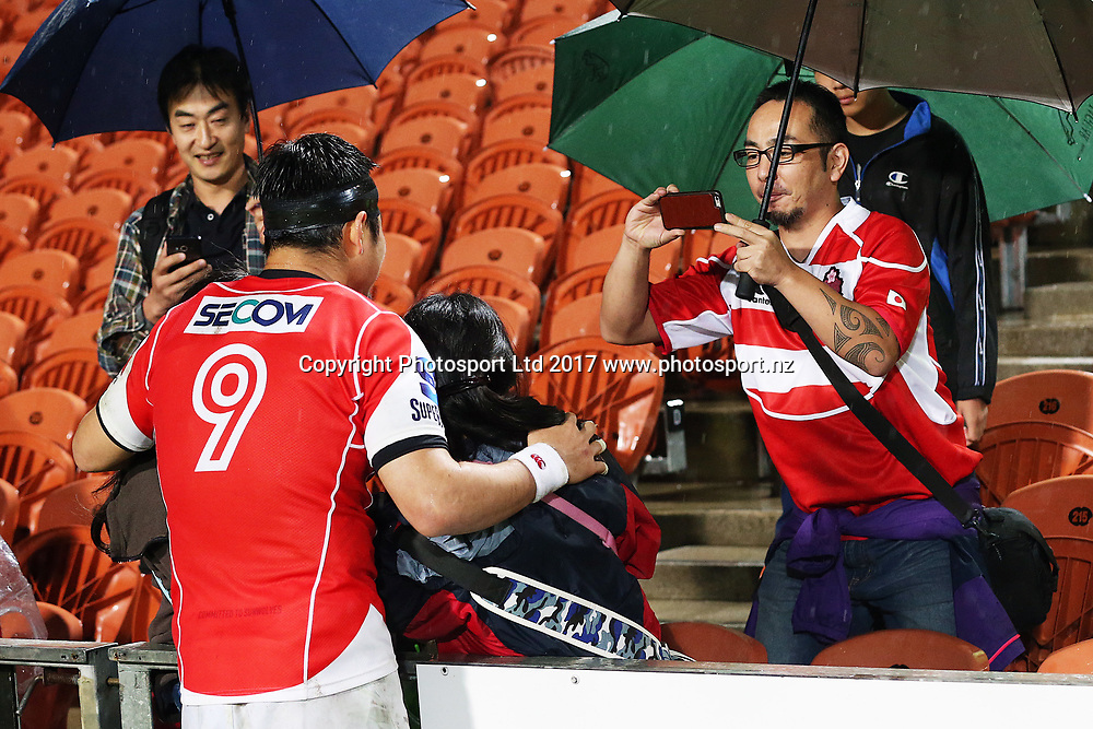 Sunwolves halfback Fumiaki Tanaka poses for a photo with fans after the Super Rugby rugby match - Chiefs v Sunwolves played at FMG Stadium Waikato, Hamilton, New Zealand on Saturday 29 April 2017.  Copyright photo: Bruce Lim / www.photosport.nz