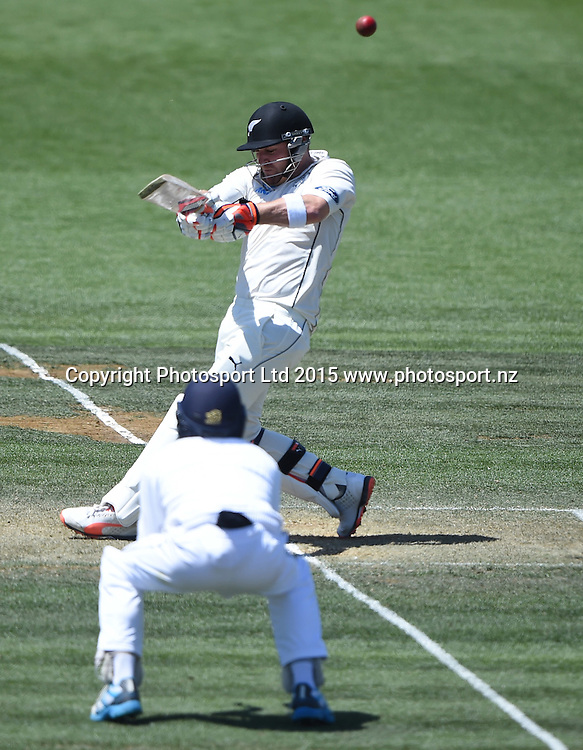 Brendon McCullum hooks on day 2 of the 2nd cricket test match between New Zealand Black Caps and Sri Lanka at Seddon Park in Hamilton, New Zealand. Saturday 19 December 2015. Copyright photo: Andrew Cornaga / www.photosport.nz