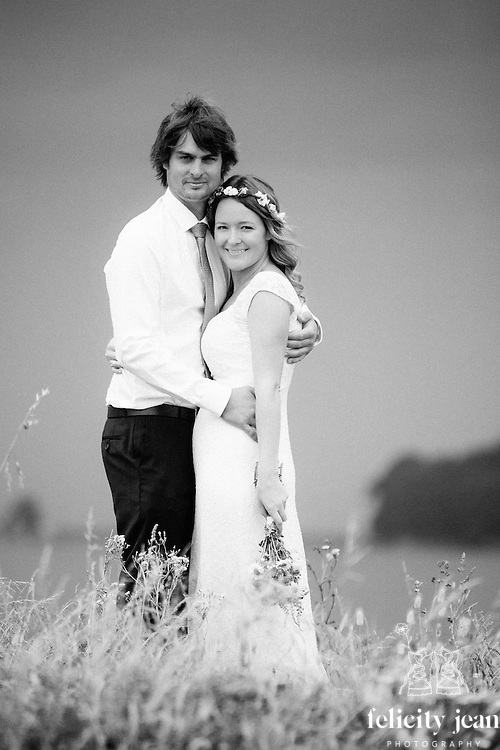 lena & jake whangamata wedding photos by felicity jean photography coromandel wedding photographer beach & garden wedding on an amazing moody cloudy afternoon perfect for wedding photos
