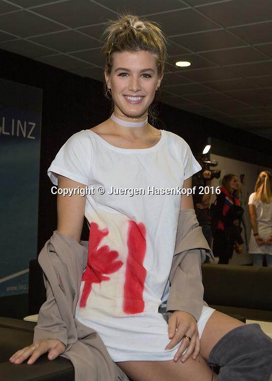 Ladies Linz Players Party, EUGENIE BOUCHARD (CAN) traegt ein Tshirt mit aufgespruehter Kanada Fahne,<br /> <br /> Tennis - Ladies Linz Players Party - WTA -  TipsArena - Linz - Oberoesterreich - Oesterreich  - 10 October 2016. <br /> &copy; Juergen Hasenkopf